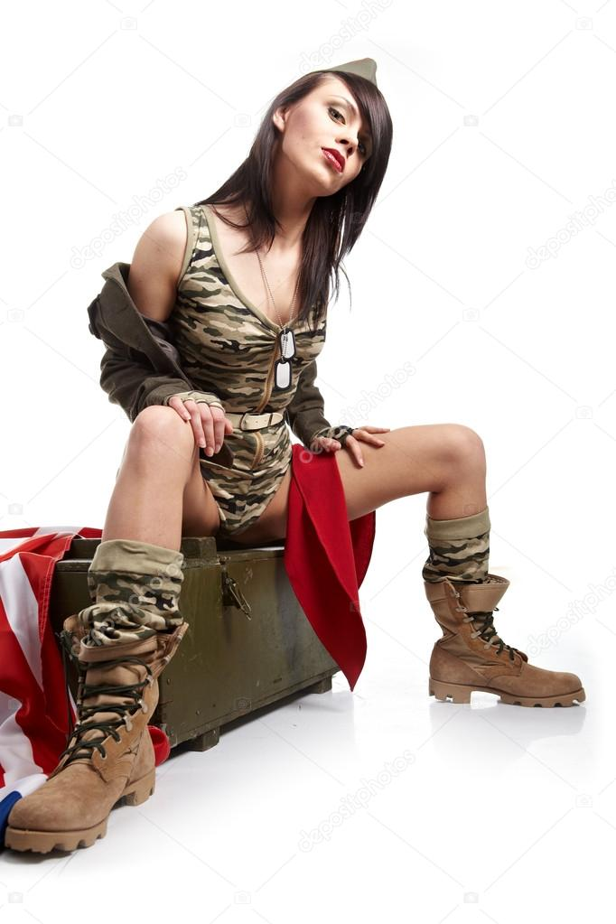 depositphotos_6372875-stock-photo-beautiful-woman-in-military-clothes.jpg